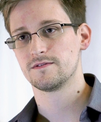 Edward Snowden  (CC by Laura Poitras / Praxis Films) via Wikipedia
